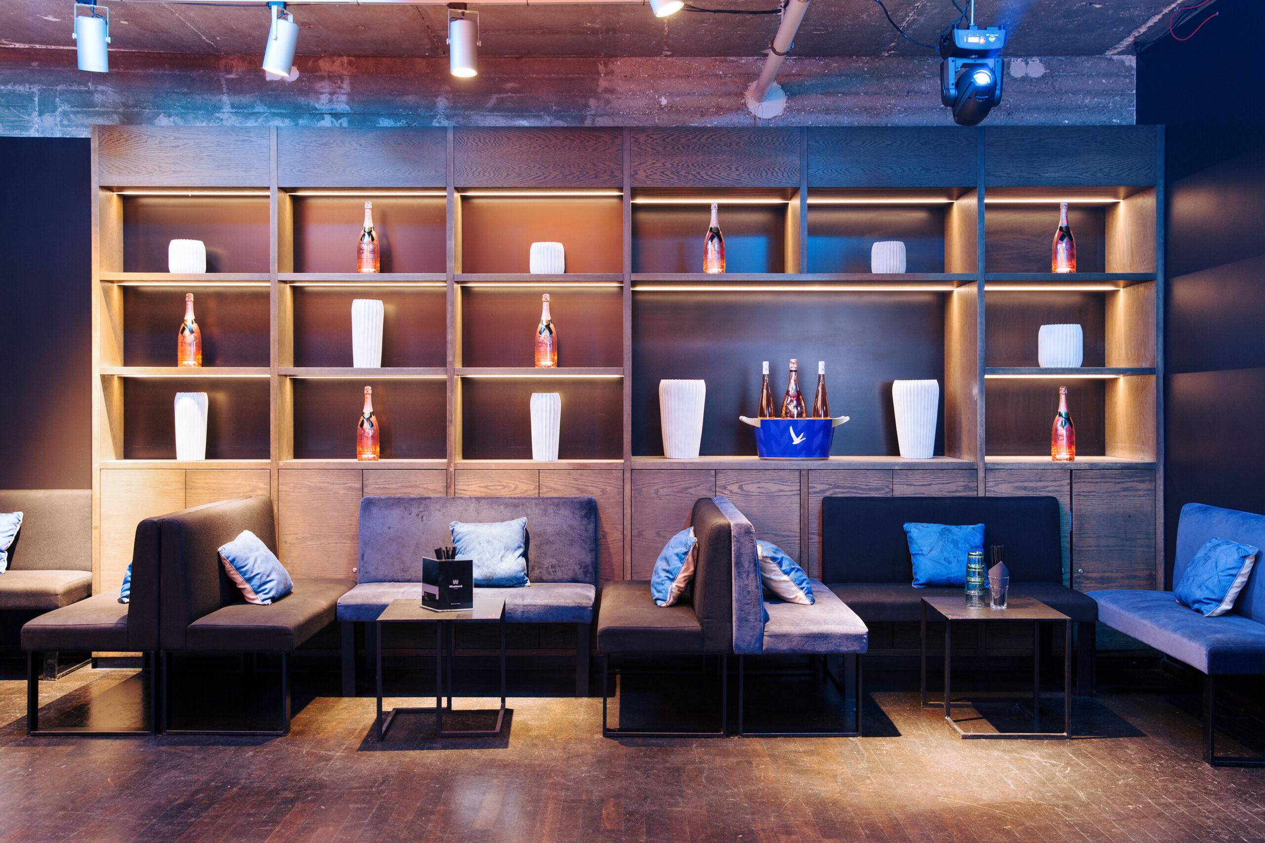 Weekend Loft Lounge Detail6184 WEB